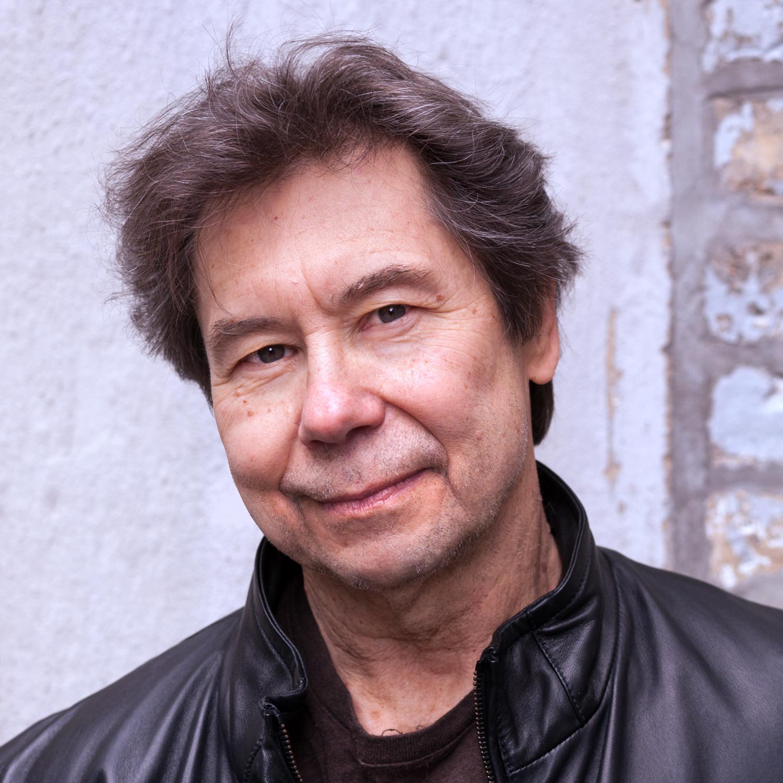 Photo of Stuart Dybnek